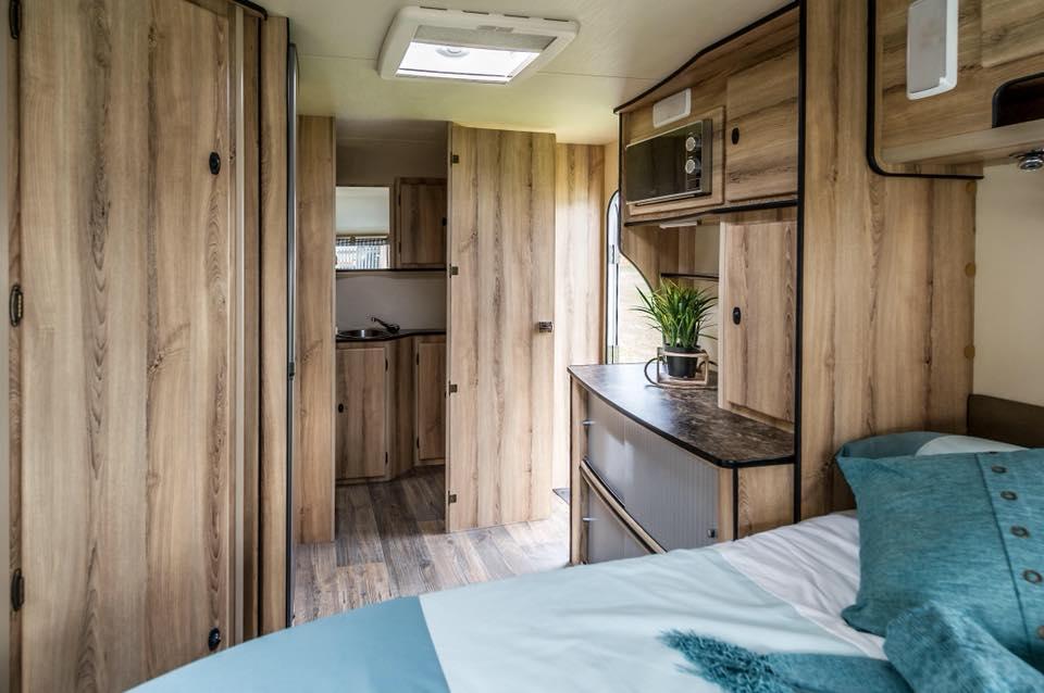 Quantum Leisure Connect Luxury Caravan 2 Sleeper